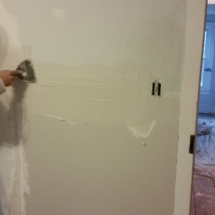 Spackling Small Office During